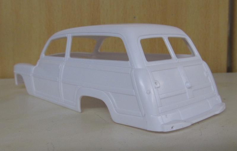 1949 Mercury Wagon von Revell in 1 zu 25 Img_2854