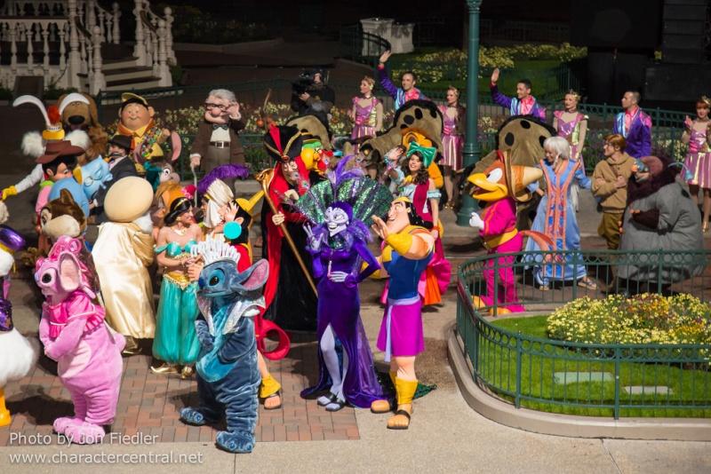 Les personnages de l'Atlantide à Disneyland Paris Atlant12