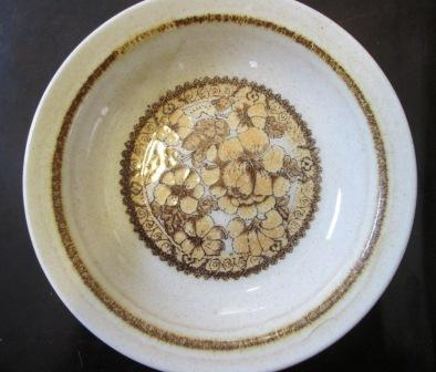 Yellow flowers on rim shape bowl is Pall Mall Bowl_w10