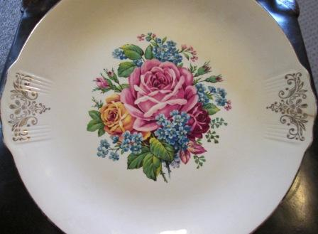 Blue Jay & Magnolia Cake Plates Floral11