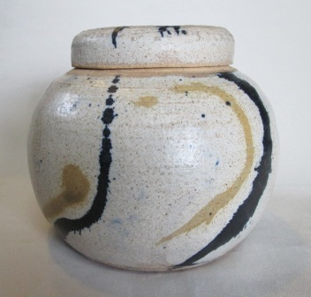 Pot with ink decoration.  Possibly Richard Marskin ..? Ink_po11