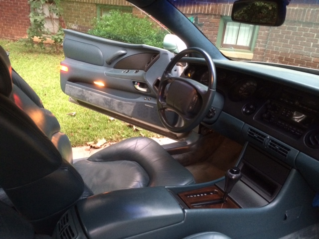 Repainted dash and console black Photo_10