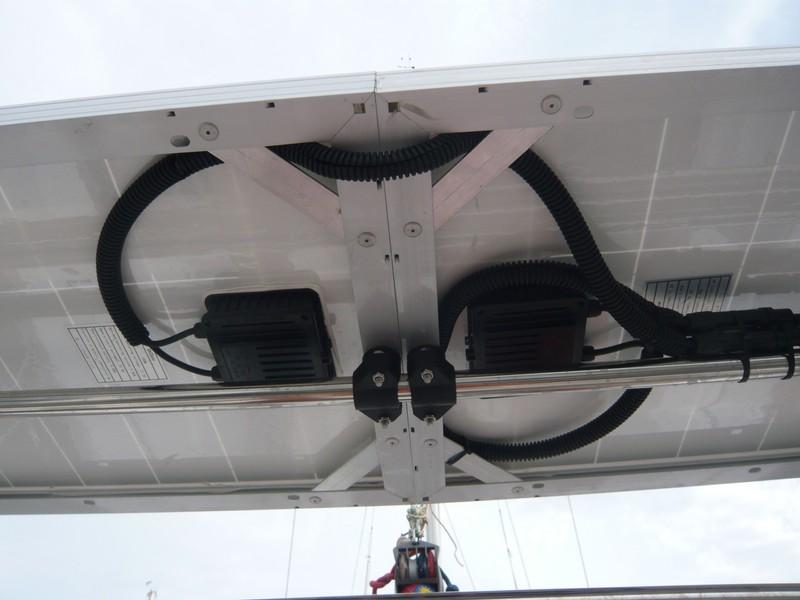 bimini - Panneau solaire P1100410