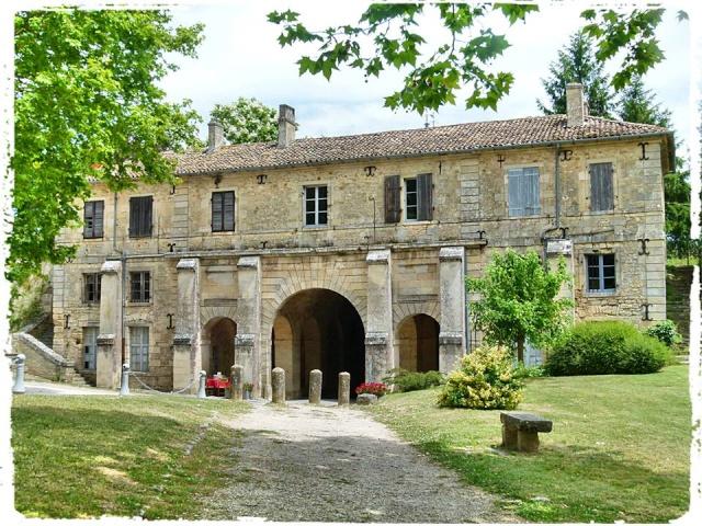 Citadelle de Blaye et la Route de la corniche de la Gironde 10447110