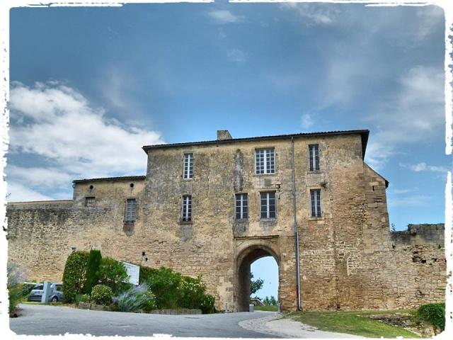 Citadelle de Blaye et la Route de la corniche de la Gironde 10502410