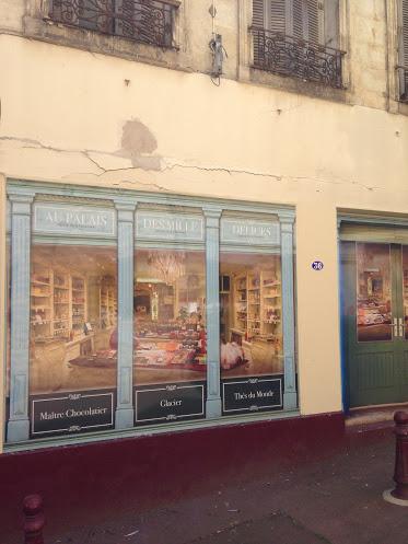Le centre ville de Pauillac reprend provisoirement de la couleur ! Img_9911