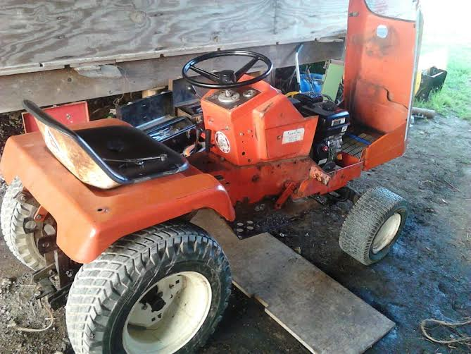 Allis Challmers 710 Tractor R10