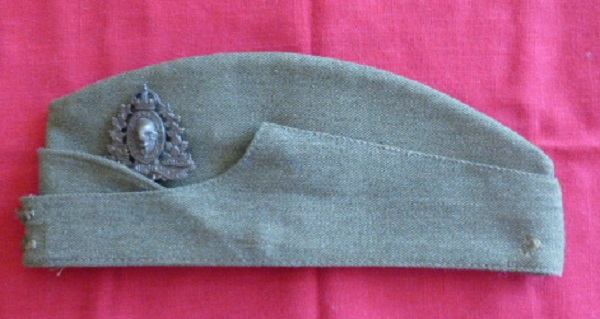 Royal Canadian Mounted Police Wedge / Side / Field Service Cap Rcmp_010