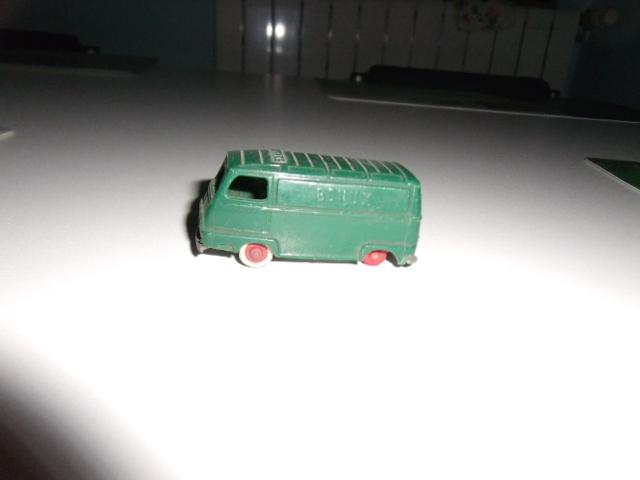 Mes petites voitures  Dscf4011