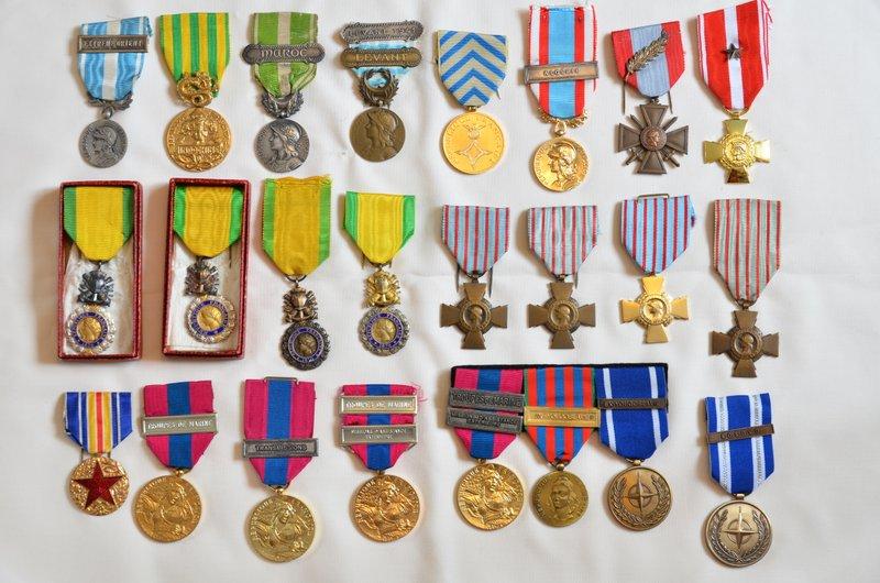 Ma collection (médailles, fusils, coiffures, lames, etc.) MAJ 21/04/2019 06-dsc10