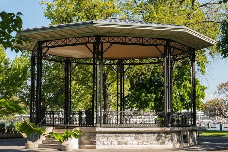 Les kiosques du monde for Jardin anglais geneve suisse