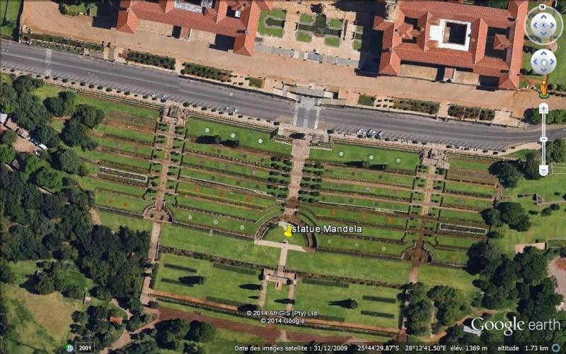[Désormais visible sur Google-Earth] Statue de Nelson Mandela - Prétoria - Afrique du Sud Ge_sta10