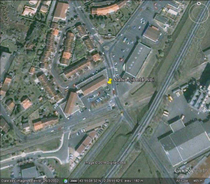 Statue de la Liberté = les répliques découvertes grâce à Google Earth - Page 5 Ge_sta11