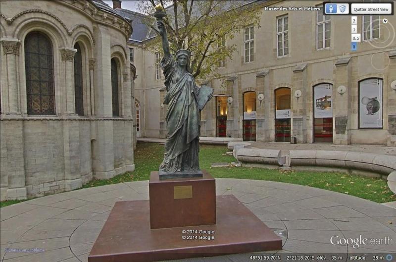 Statue de la Liberté = les répliques découvertes grâce à Google Earth - Page 5 Sv_sta10