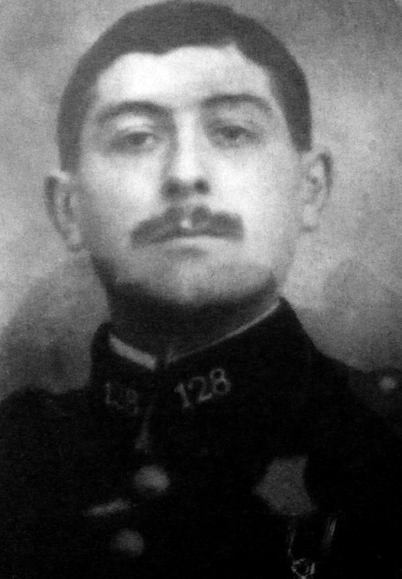Un soldat de la grande guerre: portrait retouché. Victor11