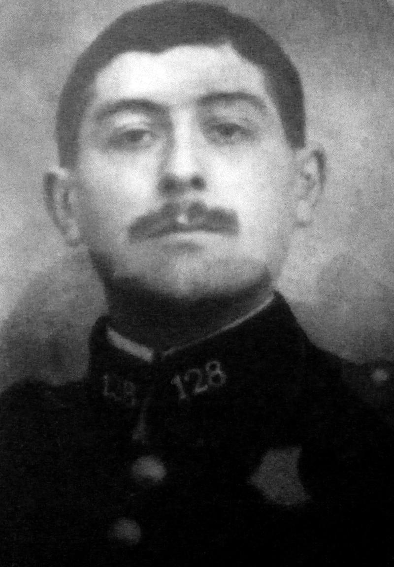 Un soldat de la grande guerre: portrait retouché. Victor14