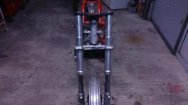 350 RDLC 31K   /   un racer pour la piste . - Page 4 Rd211
