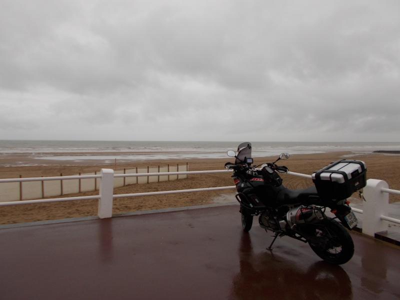 Vos plus belles photos de moto - Page 39 Dscn0615