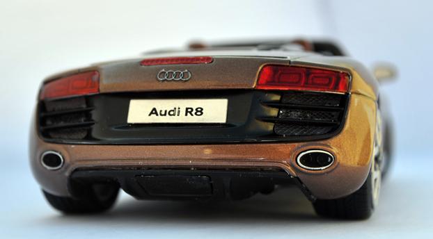 AUDI R8 Spyder 5.2 FSI quattro Untitl21