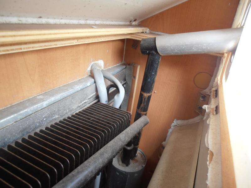 odeur de gaz mal brul sur frigo page 4. Black Bedroom Furniture Sets. Home Design Ideas