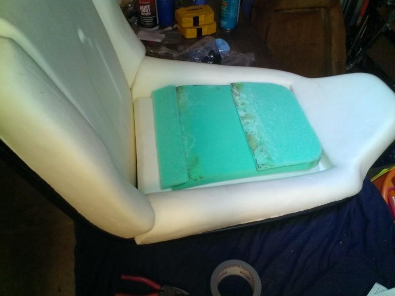75 Laguna Bucket Seat Upholstery Set Install New_se10