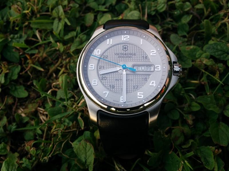 Questions pour achat première montre automatique, moins de 400 € (en 2014) - Page 3 14032010