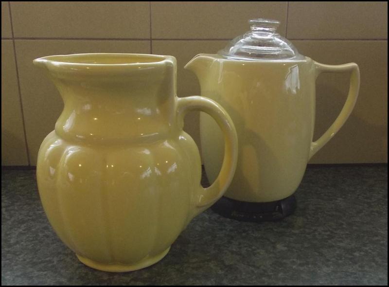 Crown Lynn / Russell Hobbs coffee perk? & Electric Jugs - Page 2 Dscn7031