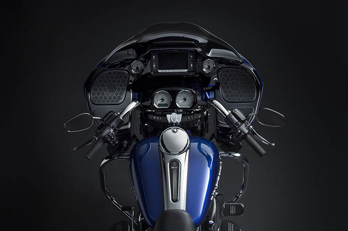 Harley Davidson Road Glide Hd210