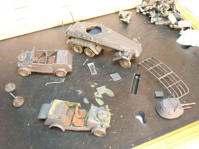 SDKFZ-231(6 roues)+  Sd.Kfz.251/1 + kubelwagen 1/72 Italeri  +  Sd.Kfz.251/1 Dscn3317
