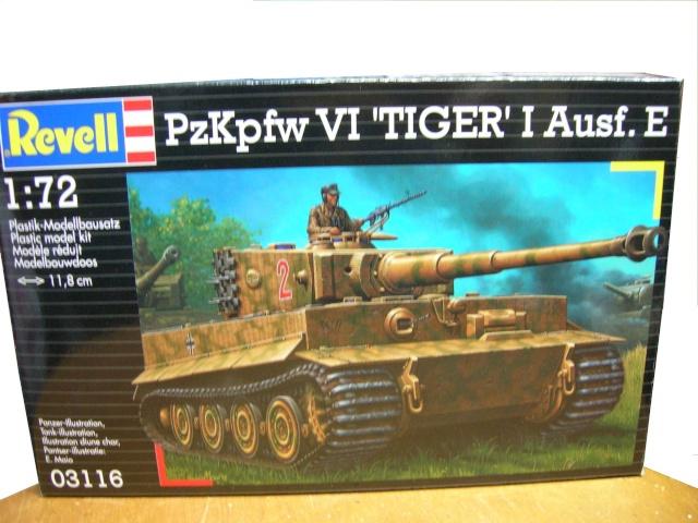 PzKpfw VI  Tigre I Ausf E (1/72 - Revell ) Dscn3450