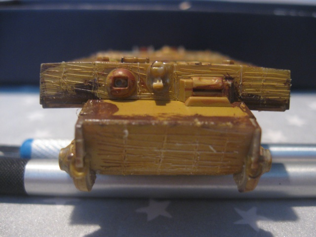 PzKpfw VI  Tigre I Ausf E (1/72 - Revell ) Img_1512