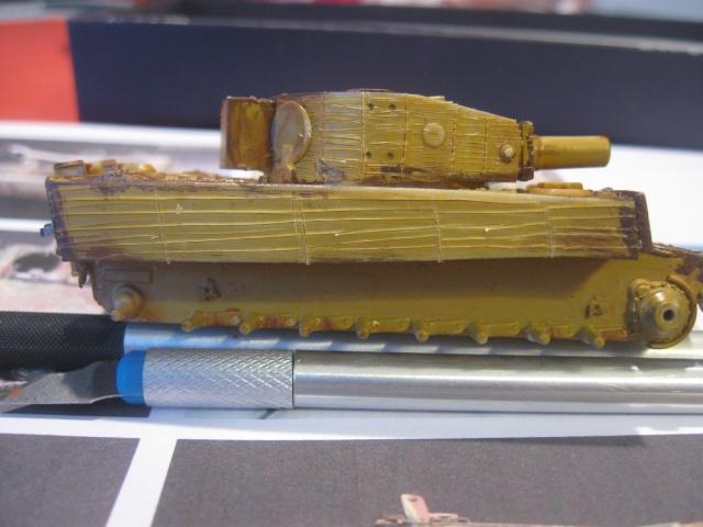 PzKpfw VI  Tigre I Ausf E (1/72 - Revell ) Img_1513