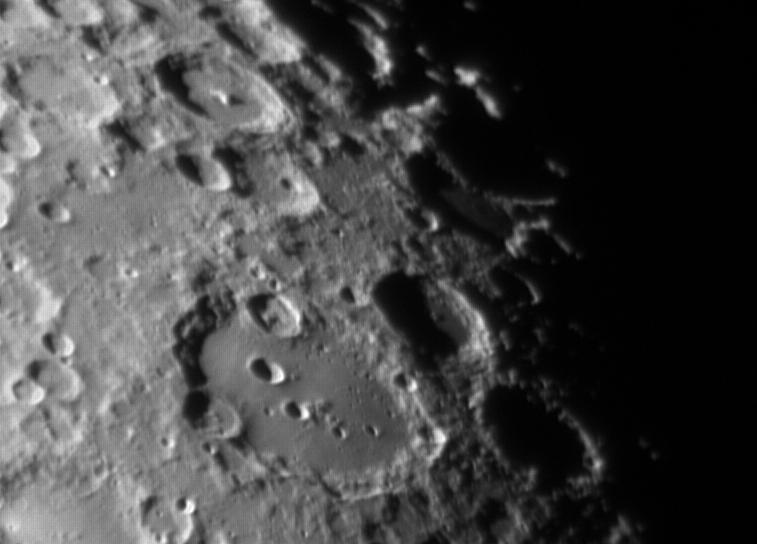 La Lune - Page 34 Lune110