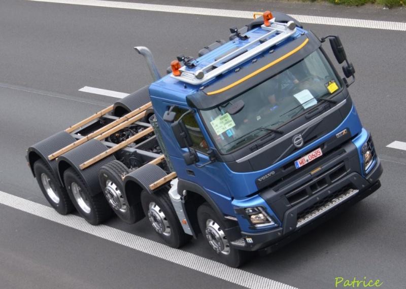 FMX la gamme chantier de Volvo - Page 2 230pp10
