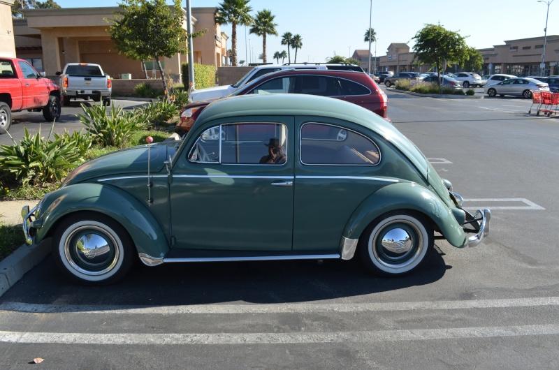 Ein paar amerikanische Oldtimer und ein Käfer Image91