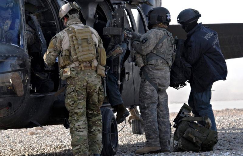 Afghan Police Jacket Screen10