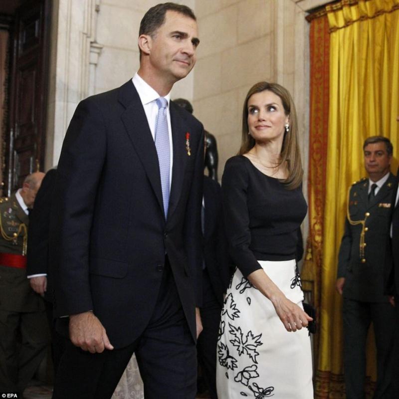 UN NOUVEAU ROI D ESPAGNE Felipe VI Articl23
