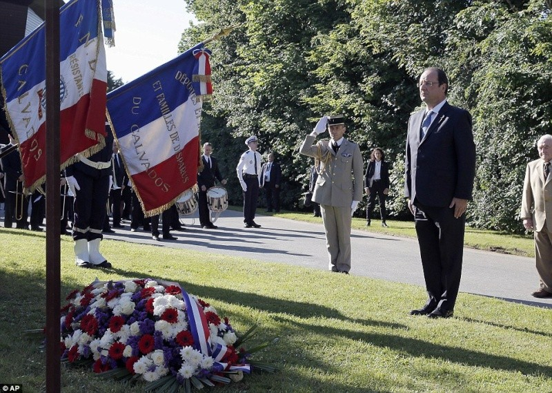 6 JUIN  1944  LE DEBARQUEMENT Bbarti12