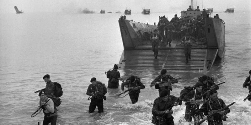 6 JUIN  1944  LE DEBARQUEMENT Fa_ima10