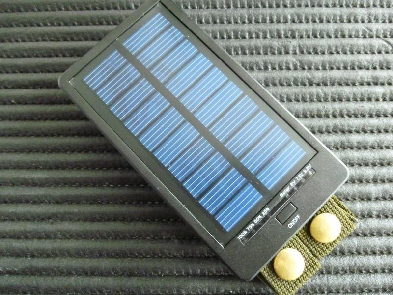 Chargeur Solaire pour Smartphone et autres appareils. P1020721