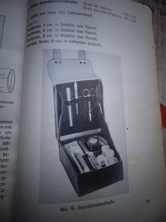 Collection Dorn,en vrac,Hitlerjugend et Bund Deutscher Mädel ... Dsc01512