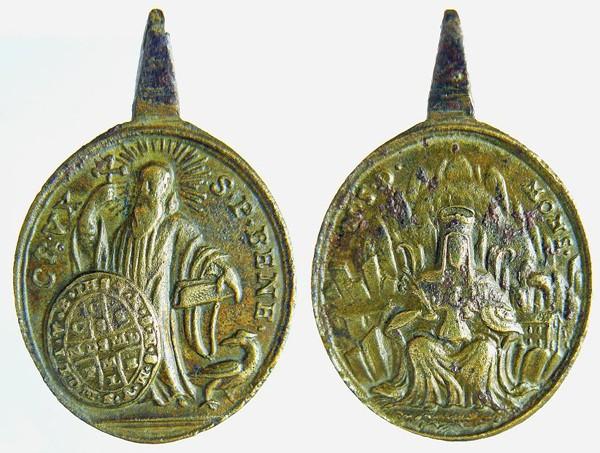 Recopilación de Medallas de San Benito Abad - Página 2 Benito13