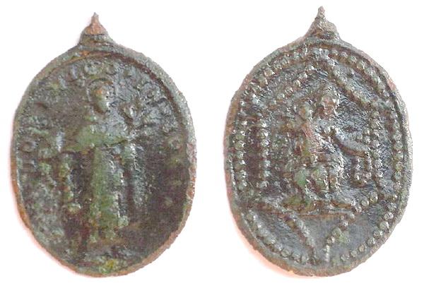 Recopilación medallas de Santo Domingo de Guzmán. Notas iconográficas. Corazz10
