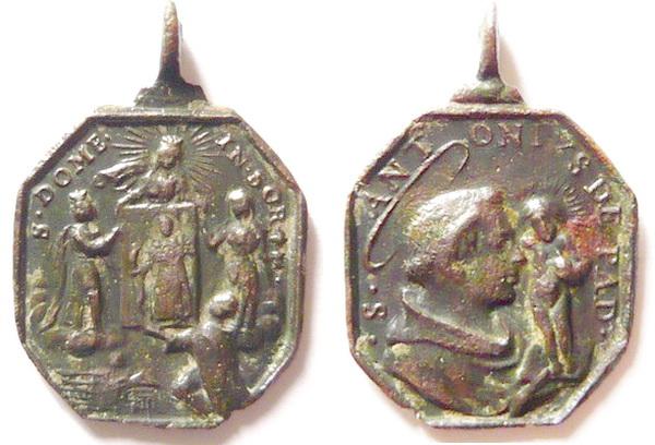 Recopilación medallas de Santo Domingo de Guzmán. Notas iconográficas. Doms4014