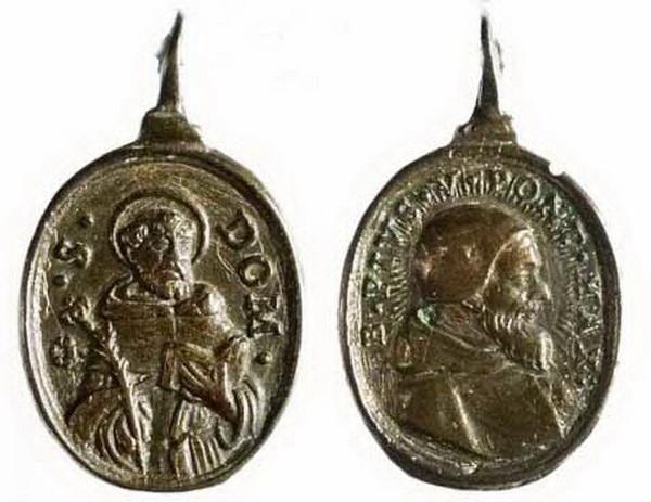 Recopilación medallas de Santo Domingo de Guzmán. Notas iconográficas. Mb05-r10
