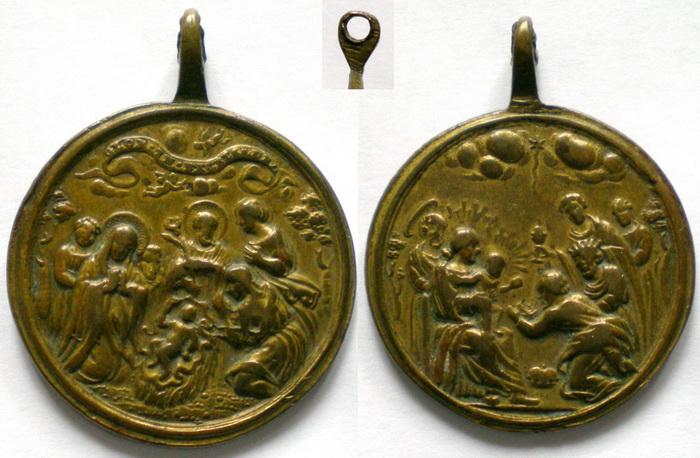 ICONOGRAFIA de la NATIVIDAD en las medallas devocionales Med_1410
