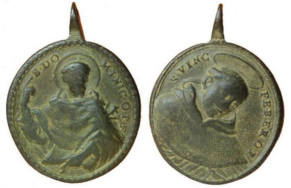 Recopilación medallas de Santo Domingo de Guzmán. Notas iconográficas. Pescud17