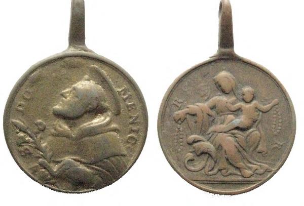Recopilación medallas de Santo Domingo de Guzmán. Notas iconográficas. Sdi11_10