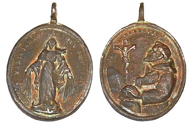 Recopilacion medallas  San Francisco de Asis Traian11