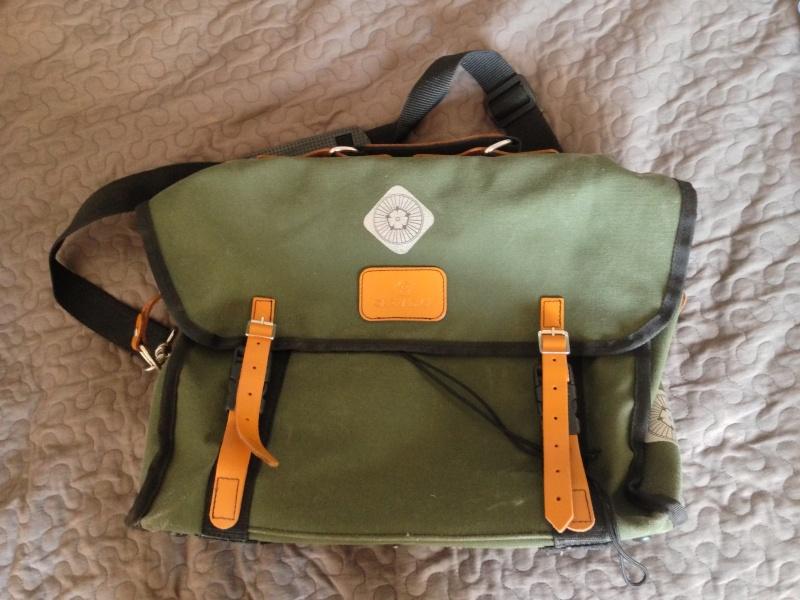 Je vends sac avant Carradice City Folder [vendu] Img_0511